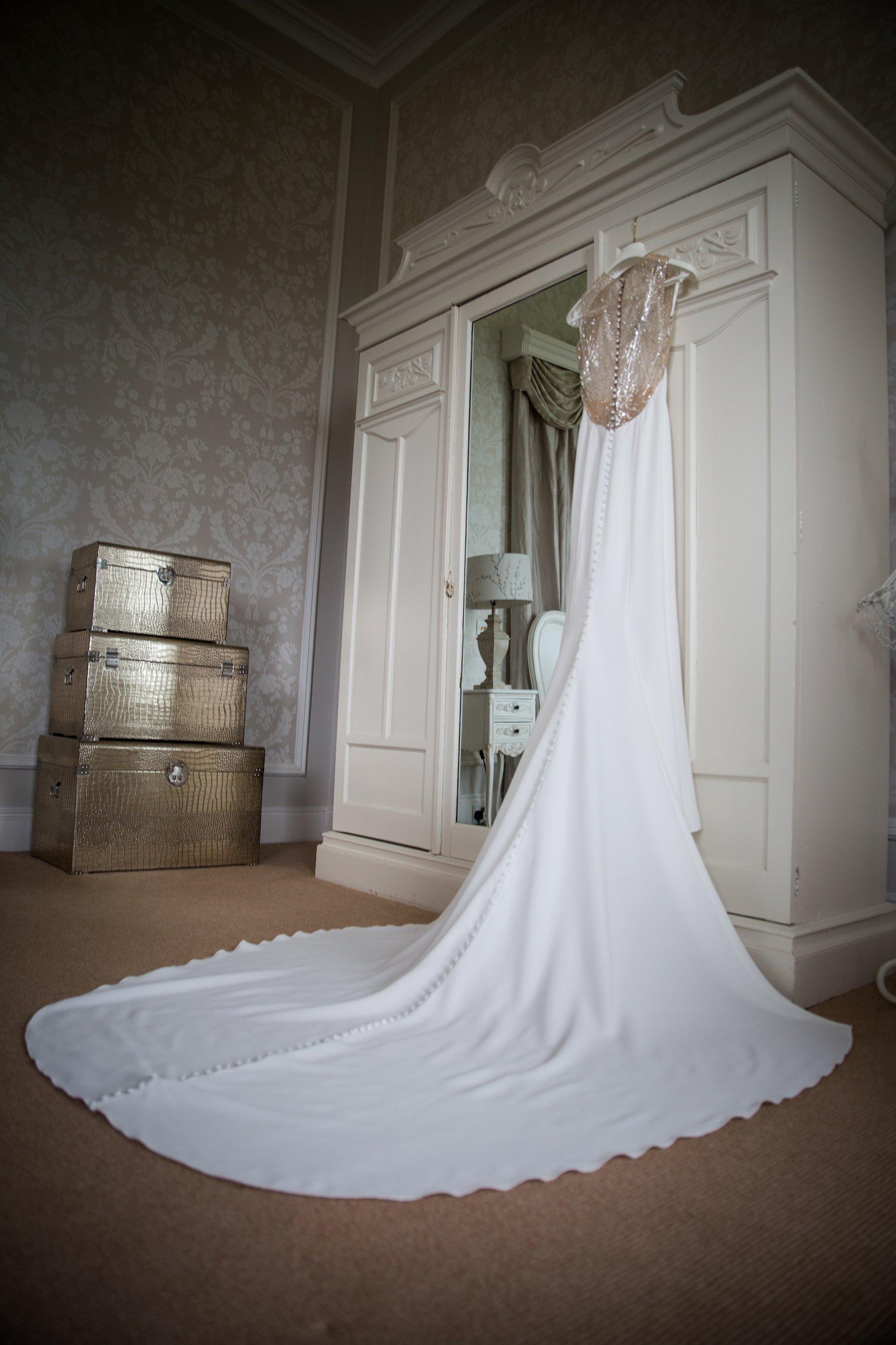 An Elegant Micro Wedding at Lartington Hall (c) Edward Ashley Photography (16)