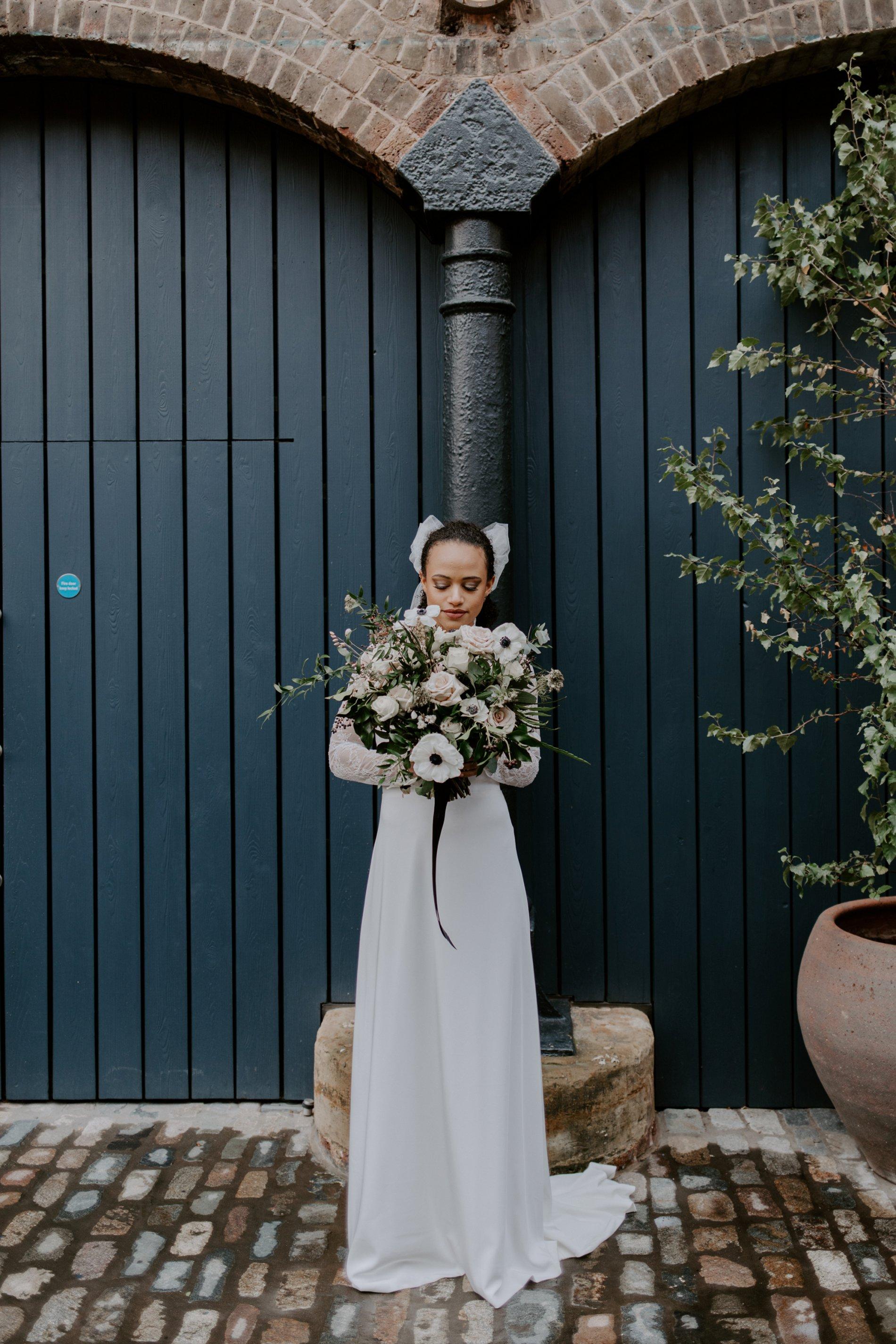 City Wedding Styled Shoot at Coal Drops Yard (c) Emztography (10)