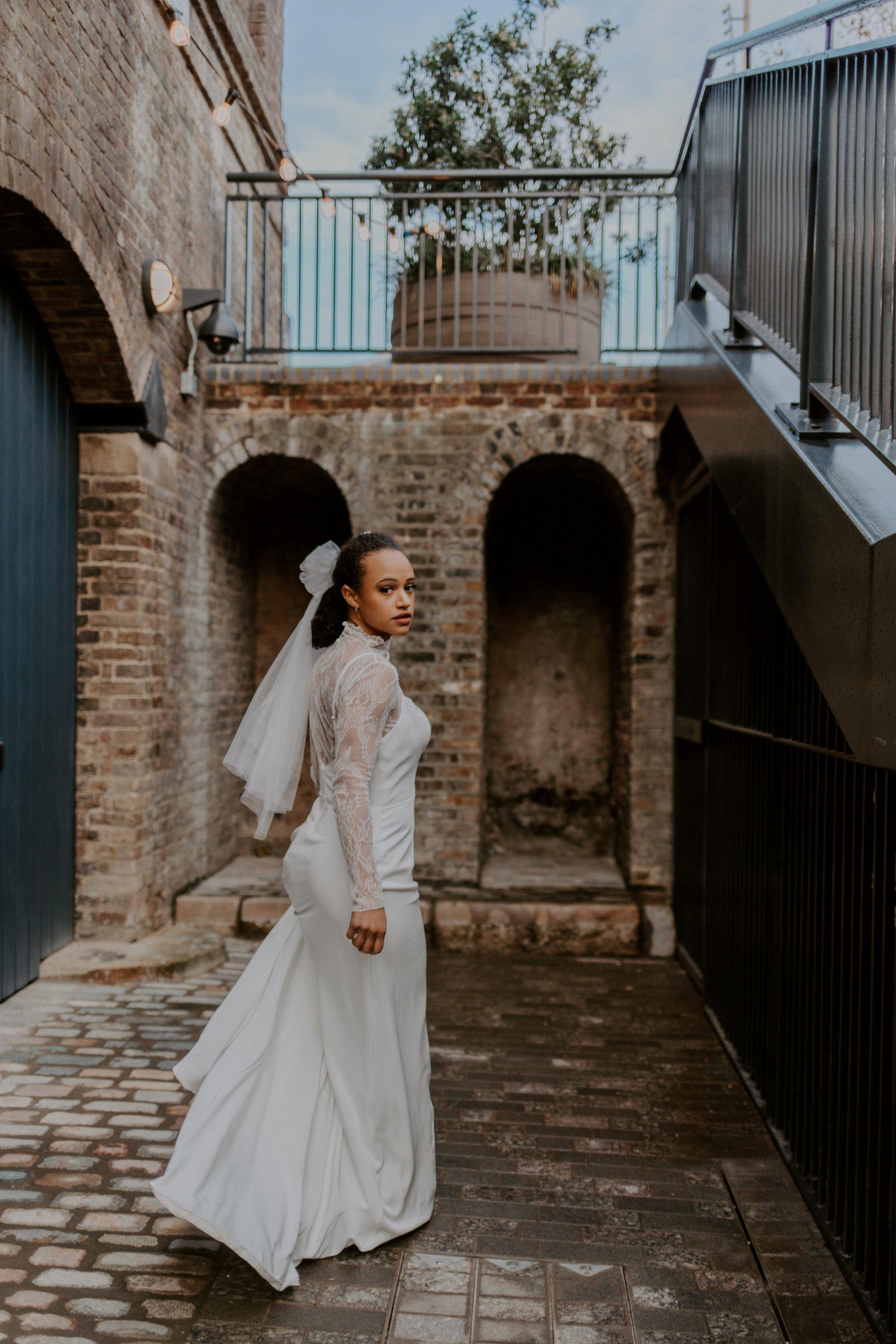 City Wedding Styled Shoot at Coal Drops Yard (c) Emztography (19)